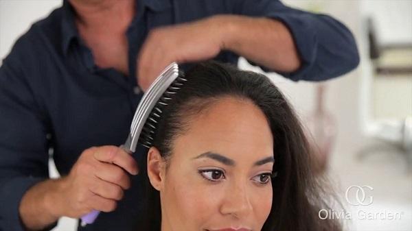Olivia Garden Finger Brush Combo Medium Szczotka Z Wlosiem Dzika Szczegoly Produktu Estetiq Hurtownia Kosmetyczna Sklep Internetowy